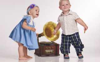 Танец мальчишек на 23 февраля.